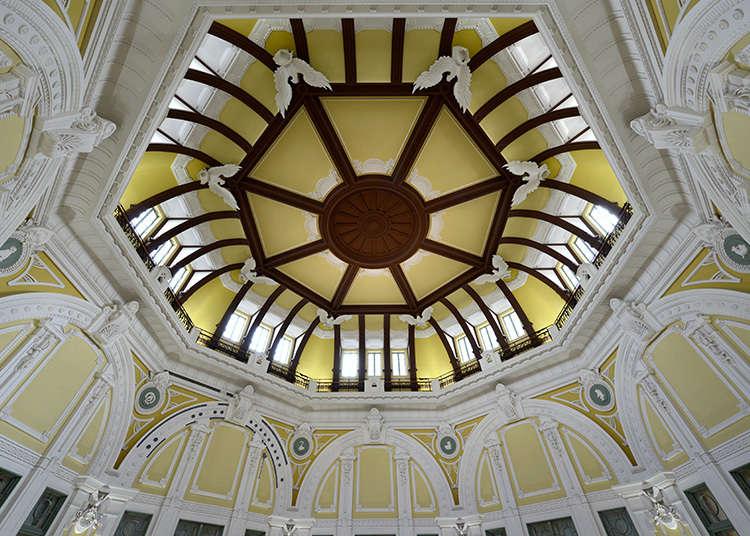 作为象征的南北圆形屋顶