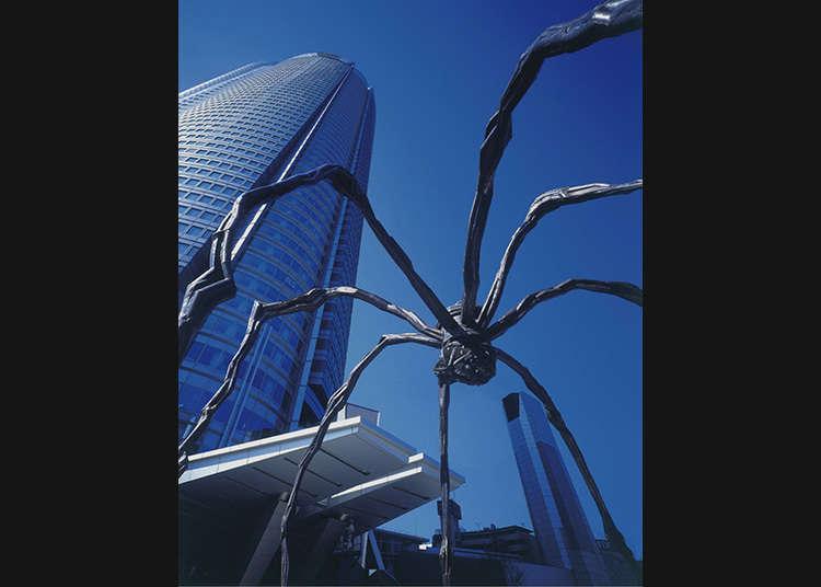 롯폰기 힐스에서 유달리 눈길을 끄는 거미!