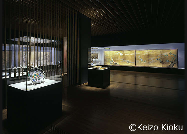 舉辦著以日本美術為中心的多樣化特展