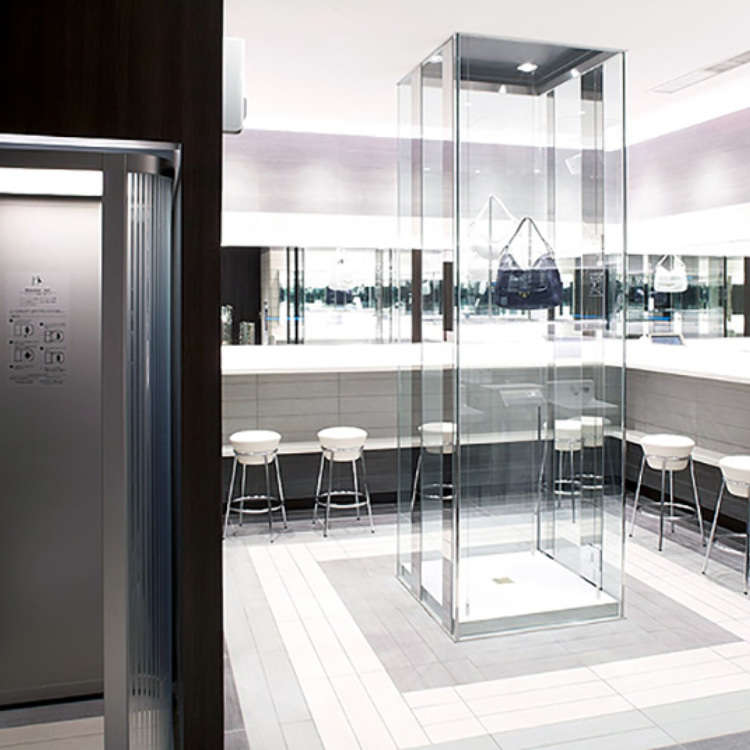 Shibuya: This is the Powder Room of the Future!