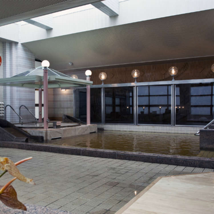 How to Enjoy a Natural Hot Spring