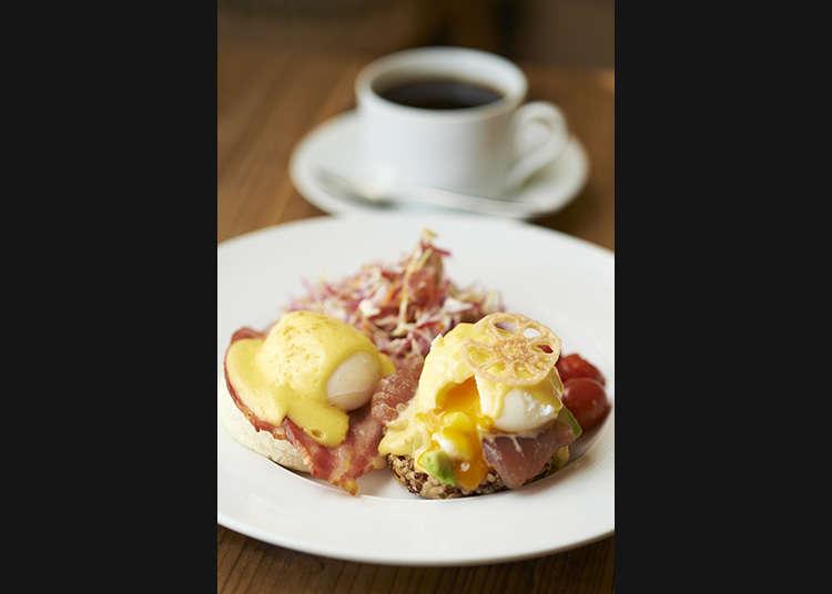 달걀을 좋아한다면 하프&하프 베네딕트