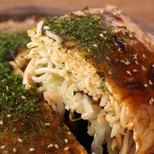 Lima Pilihan Restoran Okonomiyaki ala Hiroshima yang Bisa Anda Nikmati di Kota Tokyo