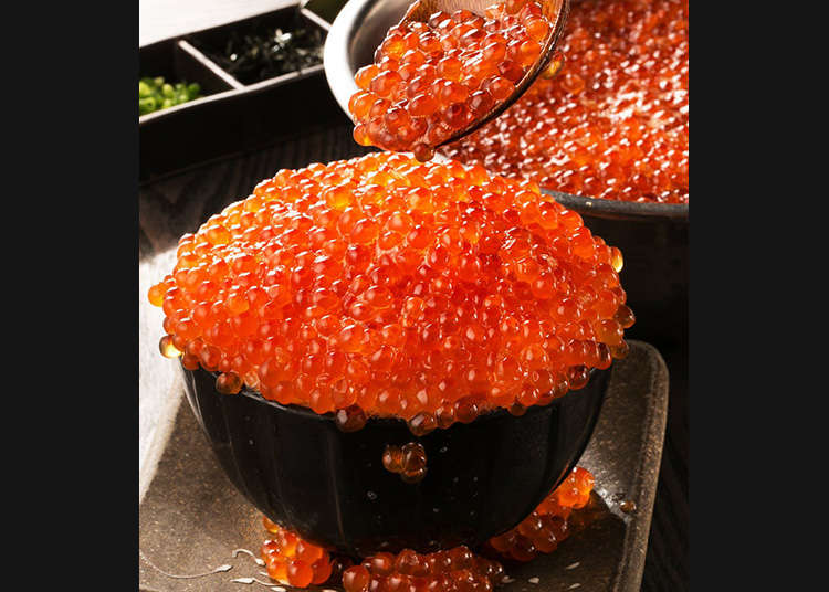 Overflowing Salmon Roe Rice Bowls: Tokyo's Best 4 Places to Eat Kobore Ikura Don!