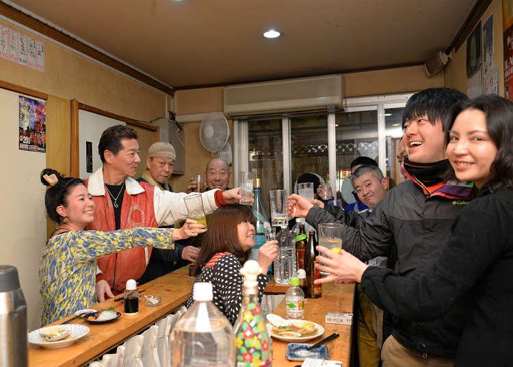 充滿人情味的立飲餐廳「生魚片屋五坪(Sashimiya Gotsubo)」