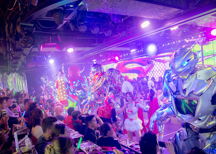 Restoran Robot, Restoran dengan Pertunjukan yang Spektakuler