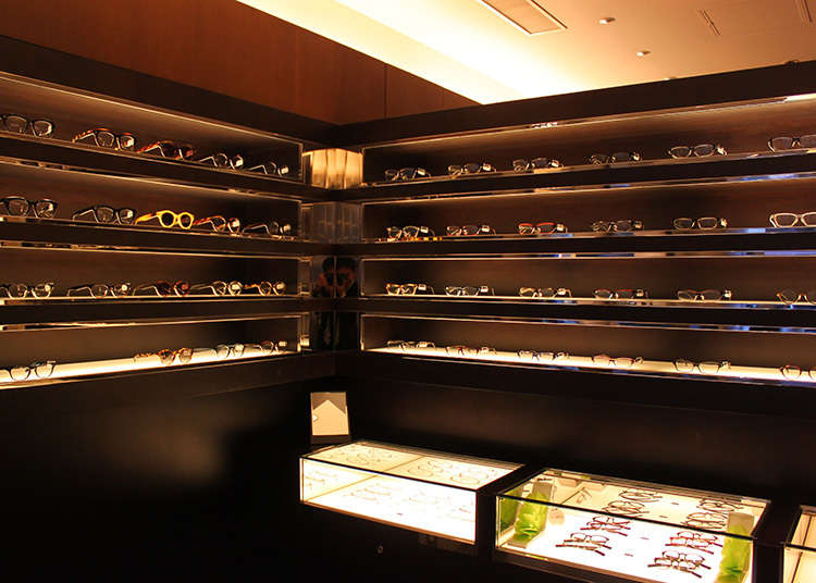 凭借最尖端的技术和匠人技巧精制而成的眼镜