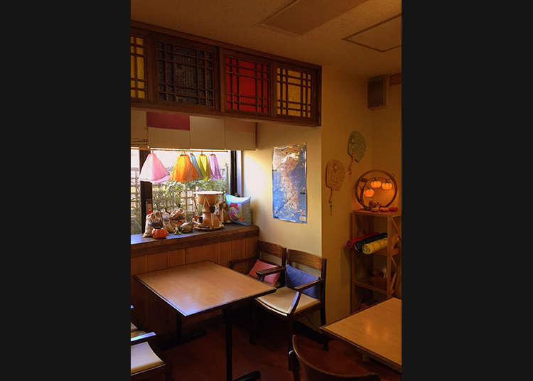 韓国語のレッスンも受けられる韓国喫茶