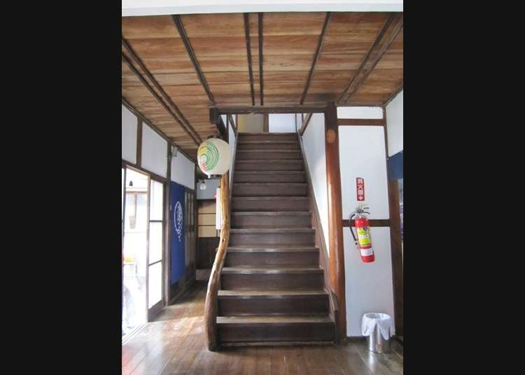 정취 있는 순 일본식의 료칸 내부