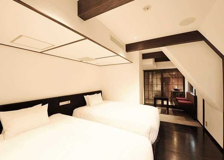 ห้องพักแบบดั้งเดิมที่อัดแน่นไปด้วยความคิดอันสร้างสรรค์