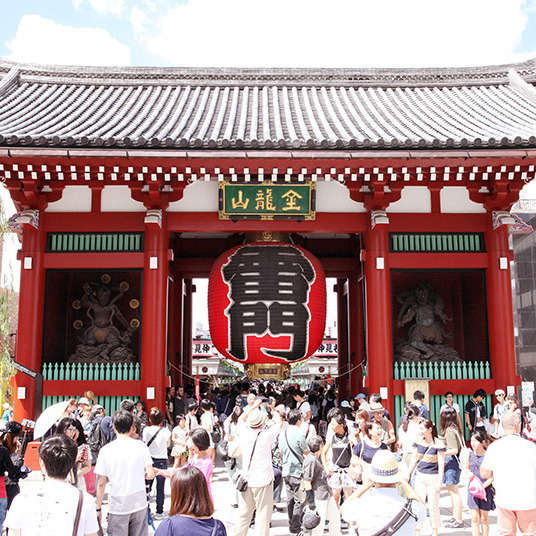 How to Enjoy Asakusa's Sensoji Temple Area
