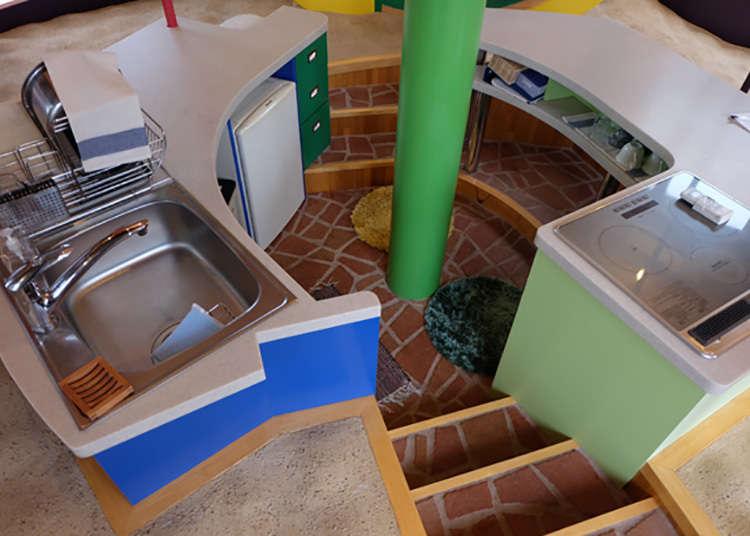 기상천외한 도쿄 건축 '미타카 텐메이한텐(천명 반전) 주택' - LIVE ...