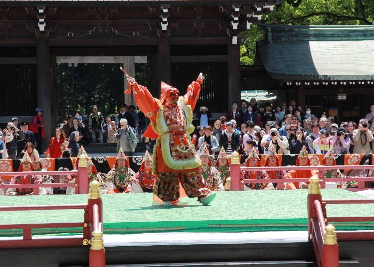 Traditional Entertainment at the Meiji Shrine Spring Grand Festival
