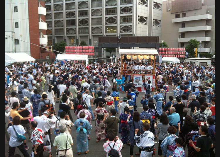 The 23rd Gujo Odori in Aoyama