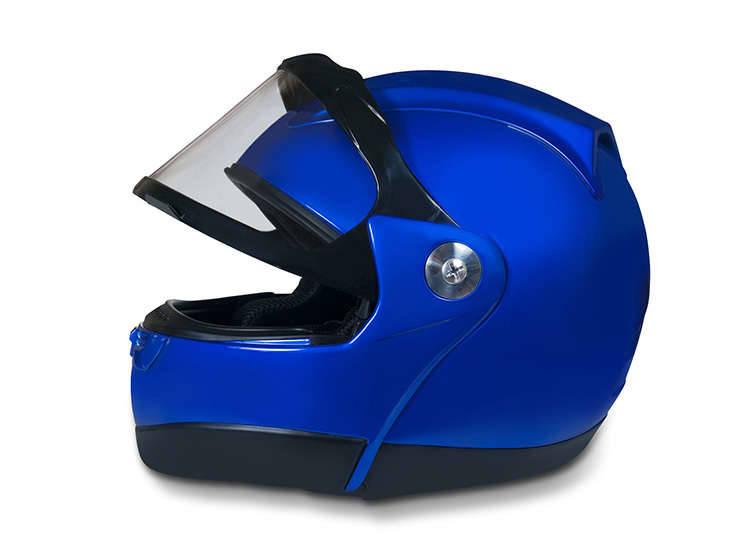 헬멧 착용은 필수