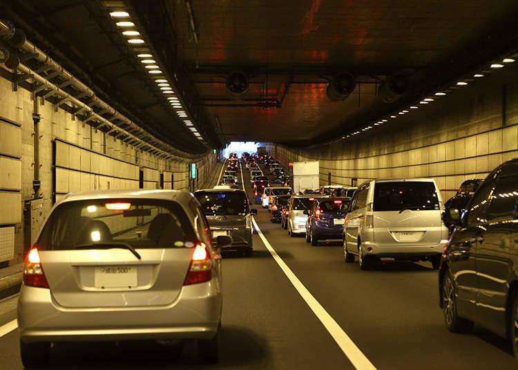 Menjaga Jarak Aman Antara Mobil