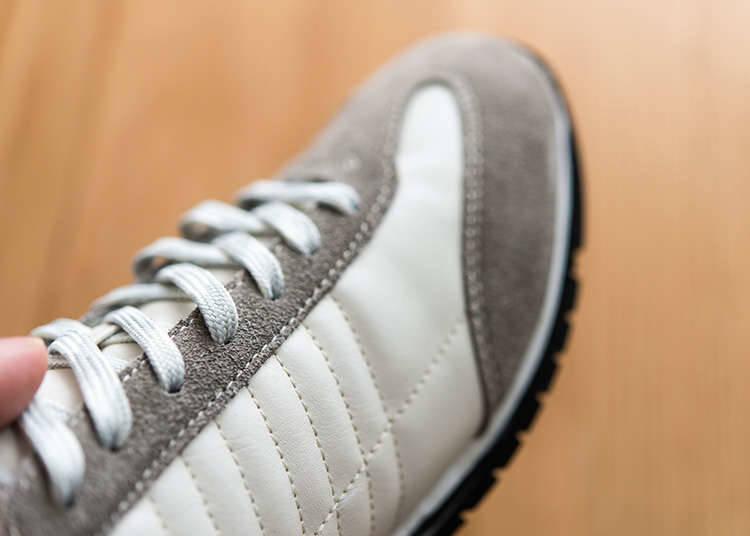 Sepatu yang Mudah Dipakai dan Dilepaskan