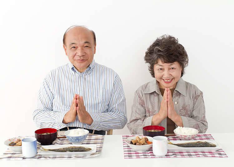 「開動了」(ITADAKIMASU)和「謝謝招待」(GOCHISOUSAMA)