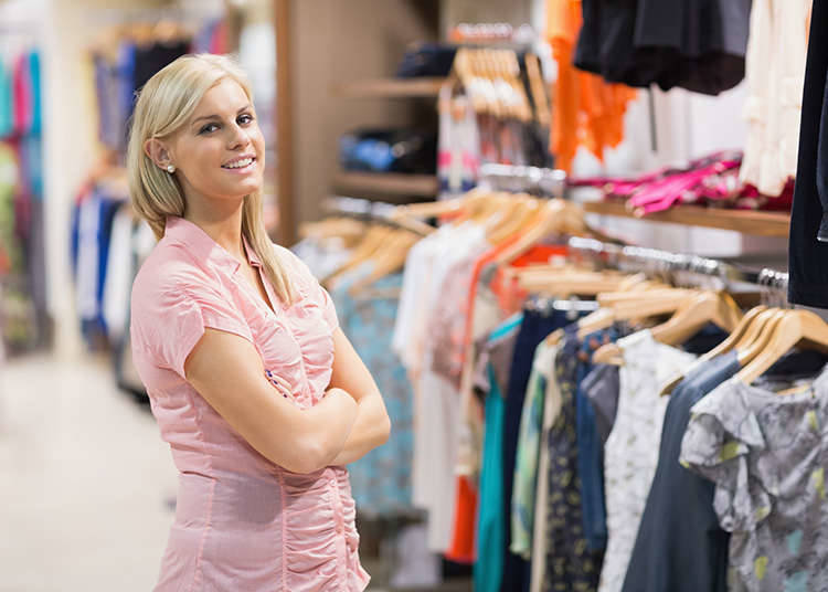 The etiquette for trying clothes on