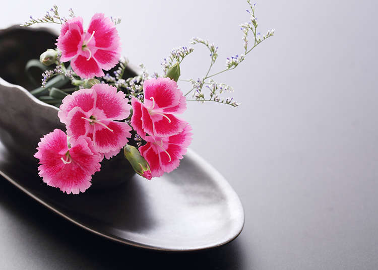 Ikebana (Seni Merangkai Bunga)