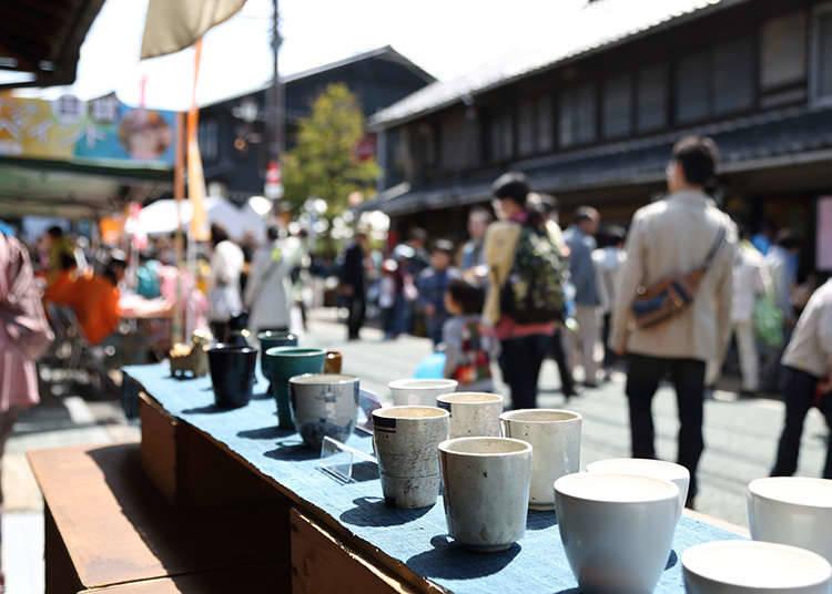 Membeli Tembikar dan Porselen