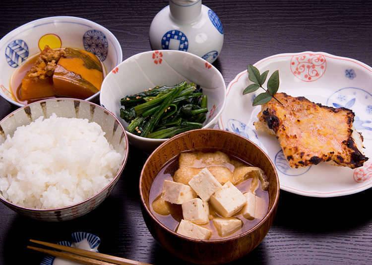 Tempat dan Waktu Untuk Menikmati Makanan