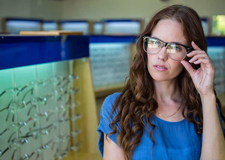 メガネの試着