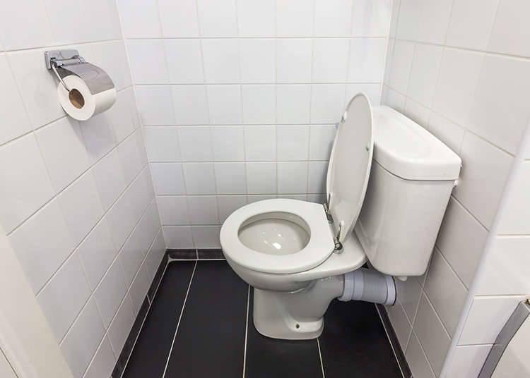 ห้องน้ำของร้านสะดวกซื้อ
