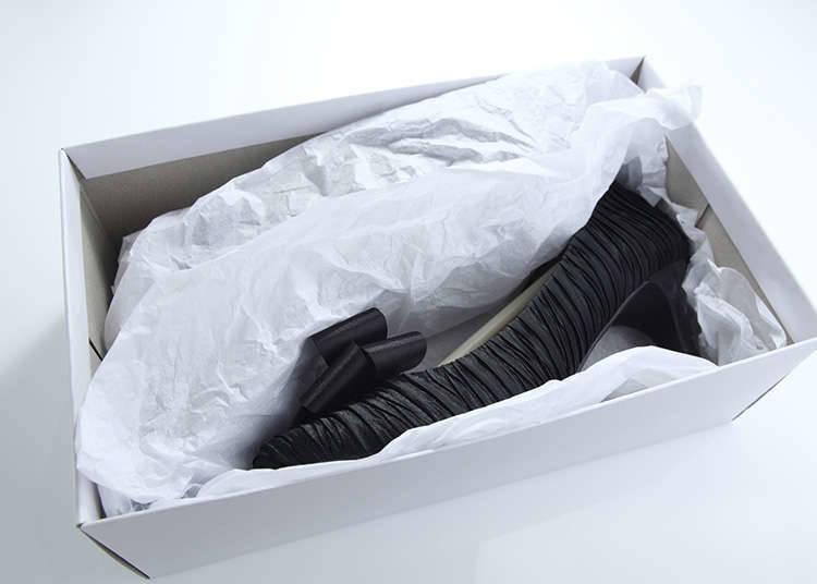 Mengembalikan Sepatu