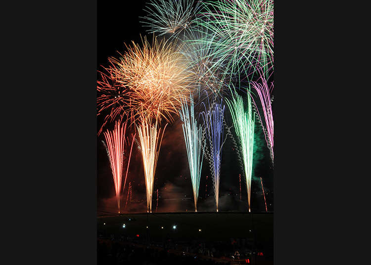 Pertunjukan Kembang Api Malam Musim Panas di Katsushika