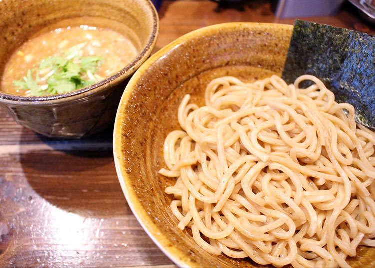 """""""Nidaime Enji"""" yang menawarkan sup pekat yang lazat"""