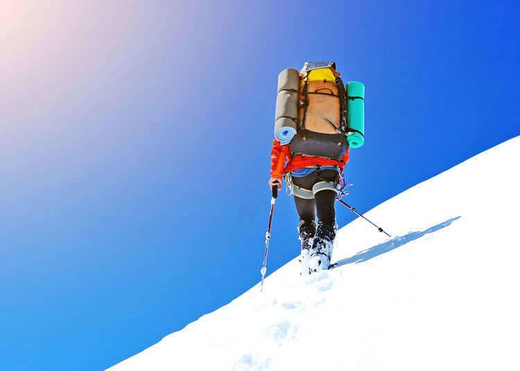 雪鞋健走与山岳滑雪