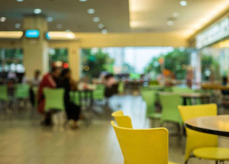 การแพร่หลายของร้านอาหารสำหรับครอบครัวและร้านอาหารฟาสต์ฟู้ดในประเทศญี่ปุ่น