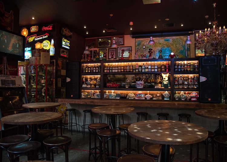 Enjoy a Late Night Café and Bar