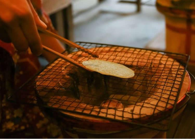 烤日本傳統菓子「仙貝」的體驗