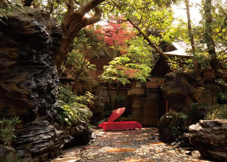 在傳統日式住宅「奧座敷」盡情享用水炊雞肉鍋