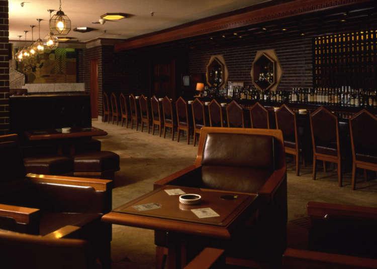 继承帝国饭店传统的稳重空间
