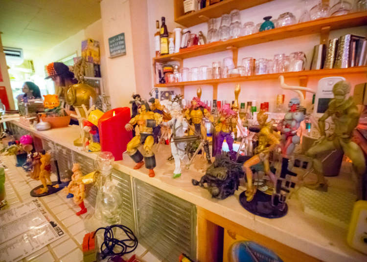 A lot of figurines