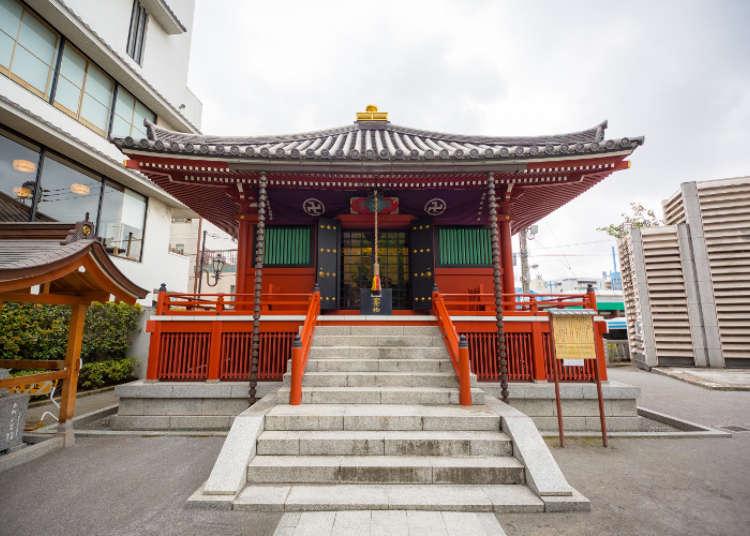 浅草寺の発祥地、駒形堂
