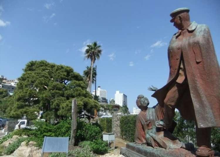 有著名文学作品铜像的摄影景点