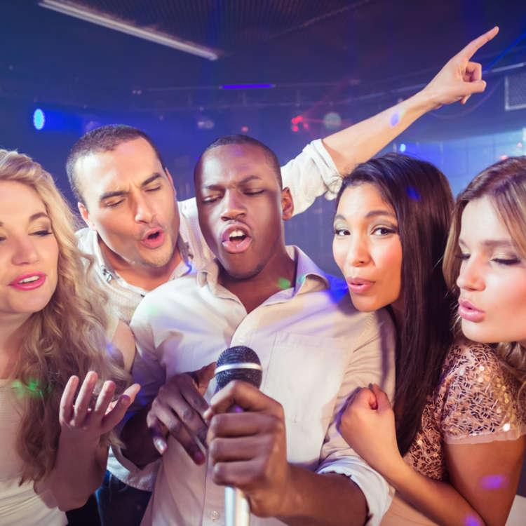 How To Do Karaoke in Japan