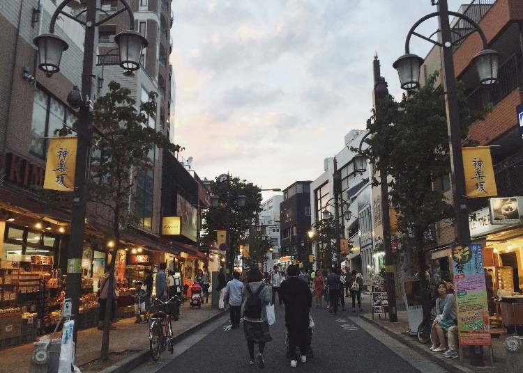 古今混在の雰囲気を味わう!神楽坂散歩1日コース♪ - LIVE JAPAN ...