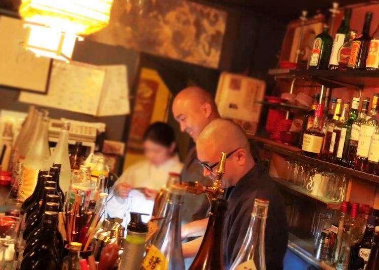 (Video) Visit to Vowz Bar: Drinking with legit monks in Tokyo!