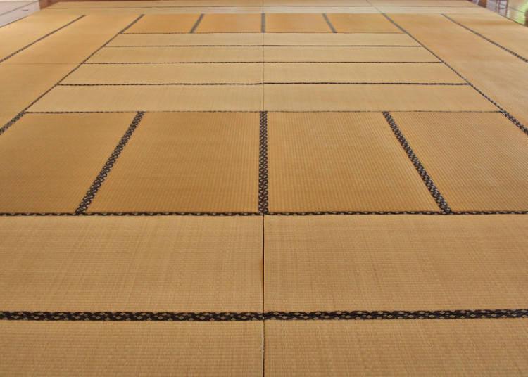 Tatami Sizes and Arrangements