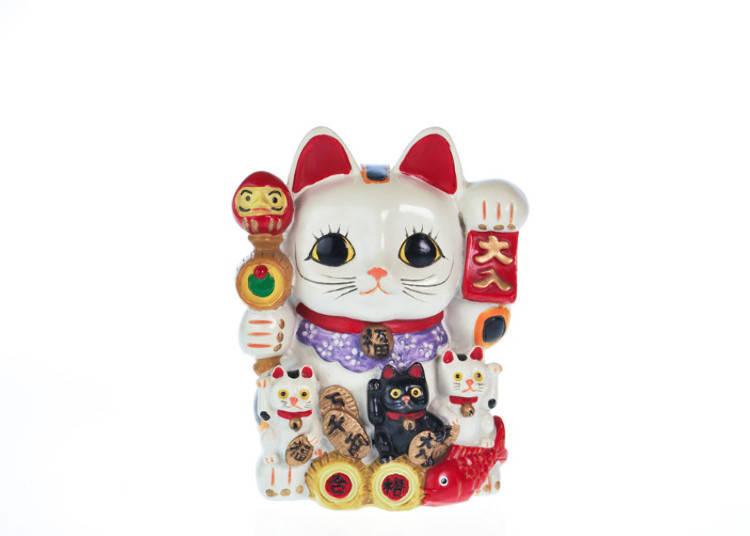 마네키네코 고양이 소지품에 주목!