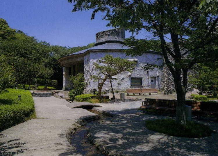 色彩が幸せを招く「澤田政廣記念美術館」