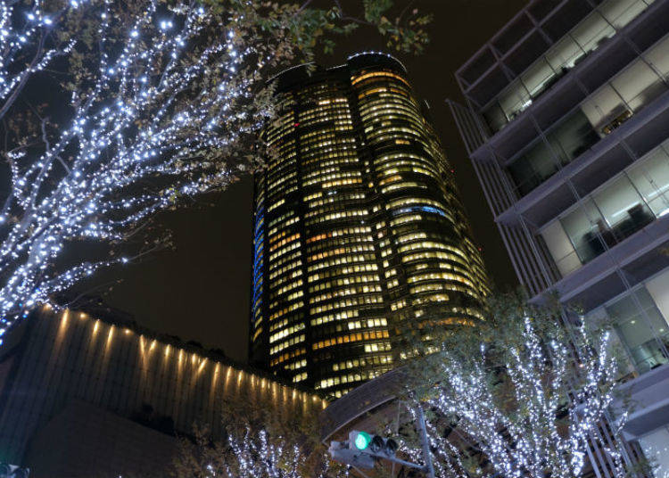 Illumination Magic in Roppongi: From Candlelight to Snow and Back