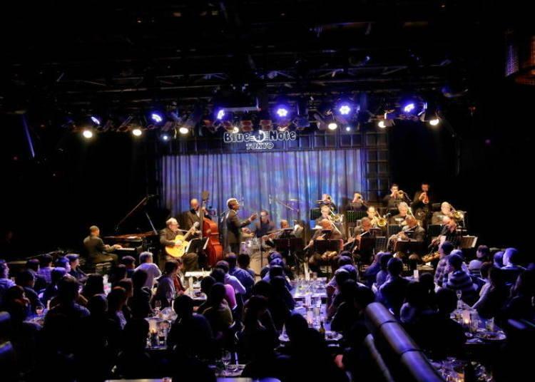 ถ้าพูดถึงดนตรีแจ๊สแล้วล่ะก็ ต้อง Blue Note Tokyo