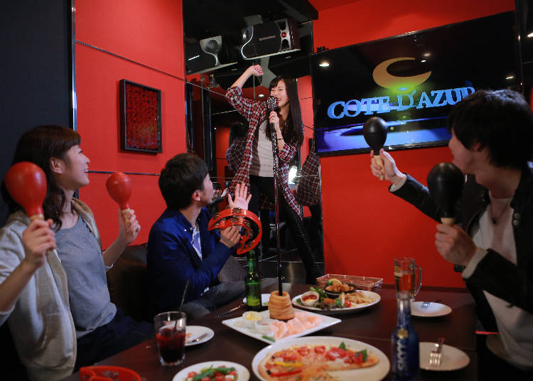 An All-You-Can-Drink Karaoke with over 160 Drinks to Choose From!