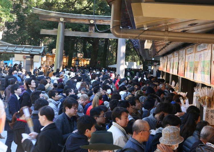 연말연시 단 4일간 300만명! 도쿄 하라주쿠 근처 메이지신궁